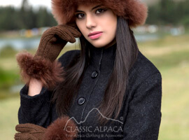 Diamond Cable Alpaca Gloves With Fur